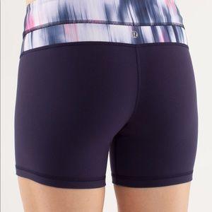 Lululemon reverse groove size 10 shorts.